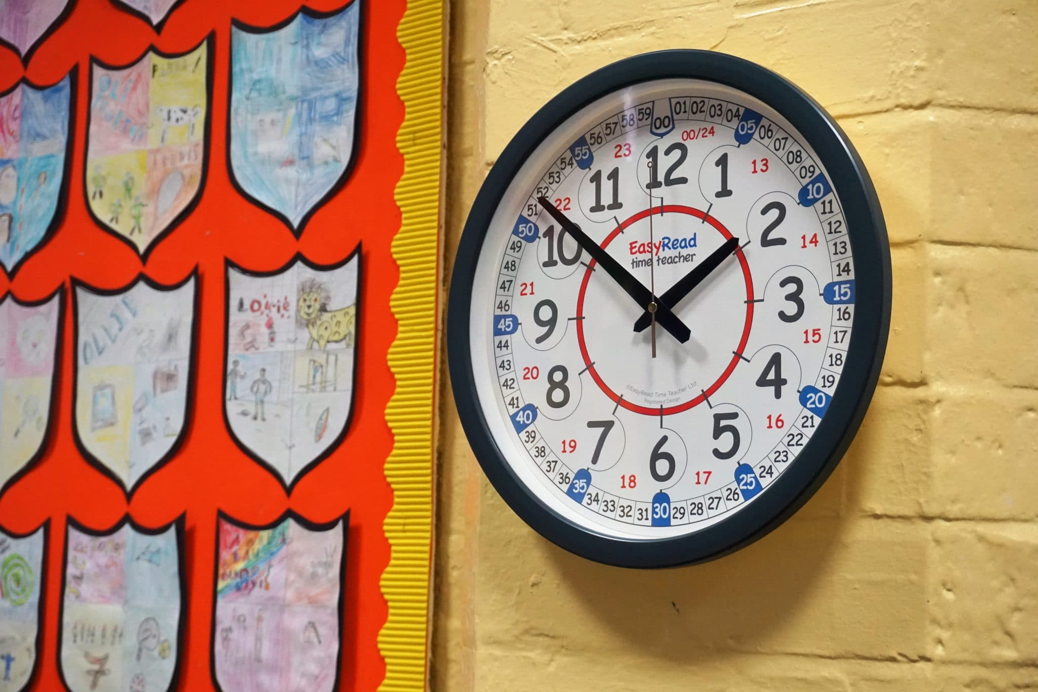 Classroom Wall Clock Learn To Tell The Time Clocks From Ertt