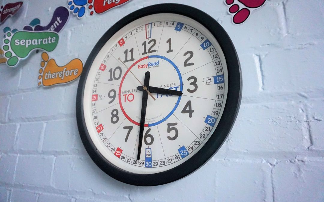 Make teaching time easy with our classroom clocks